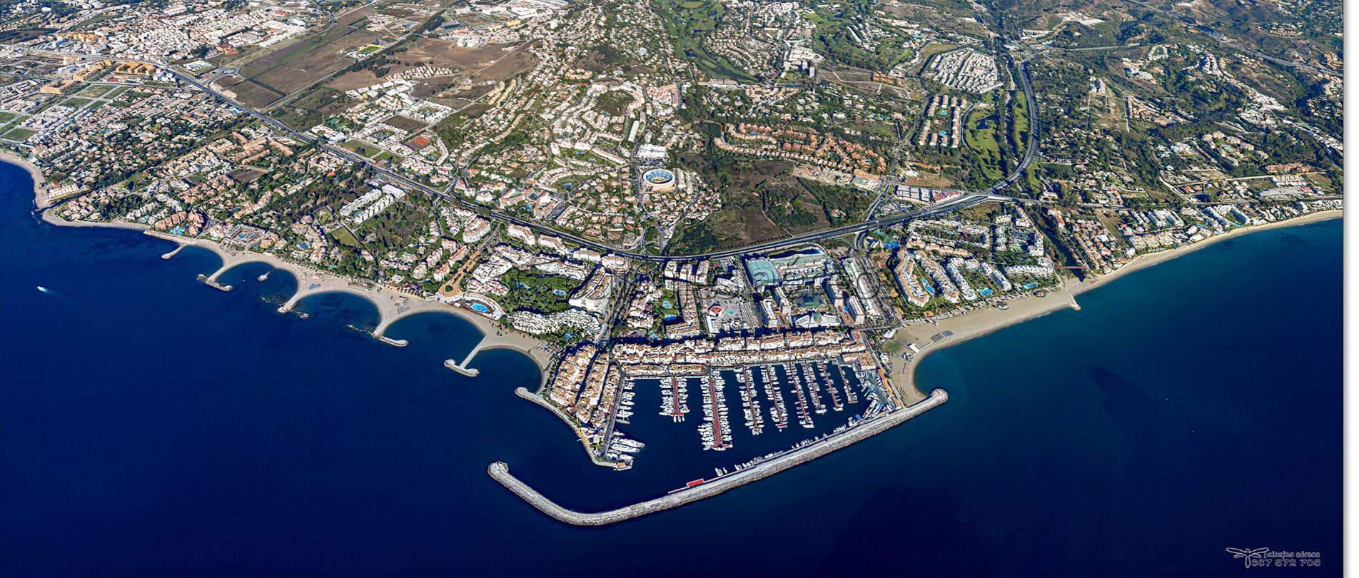 imagen aerea de puerto banus marbella